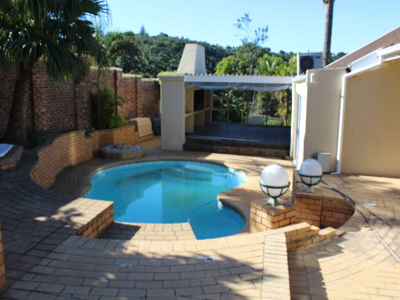 Beacon Bay property to rent. Ref No: 13525829. Picture no 4