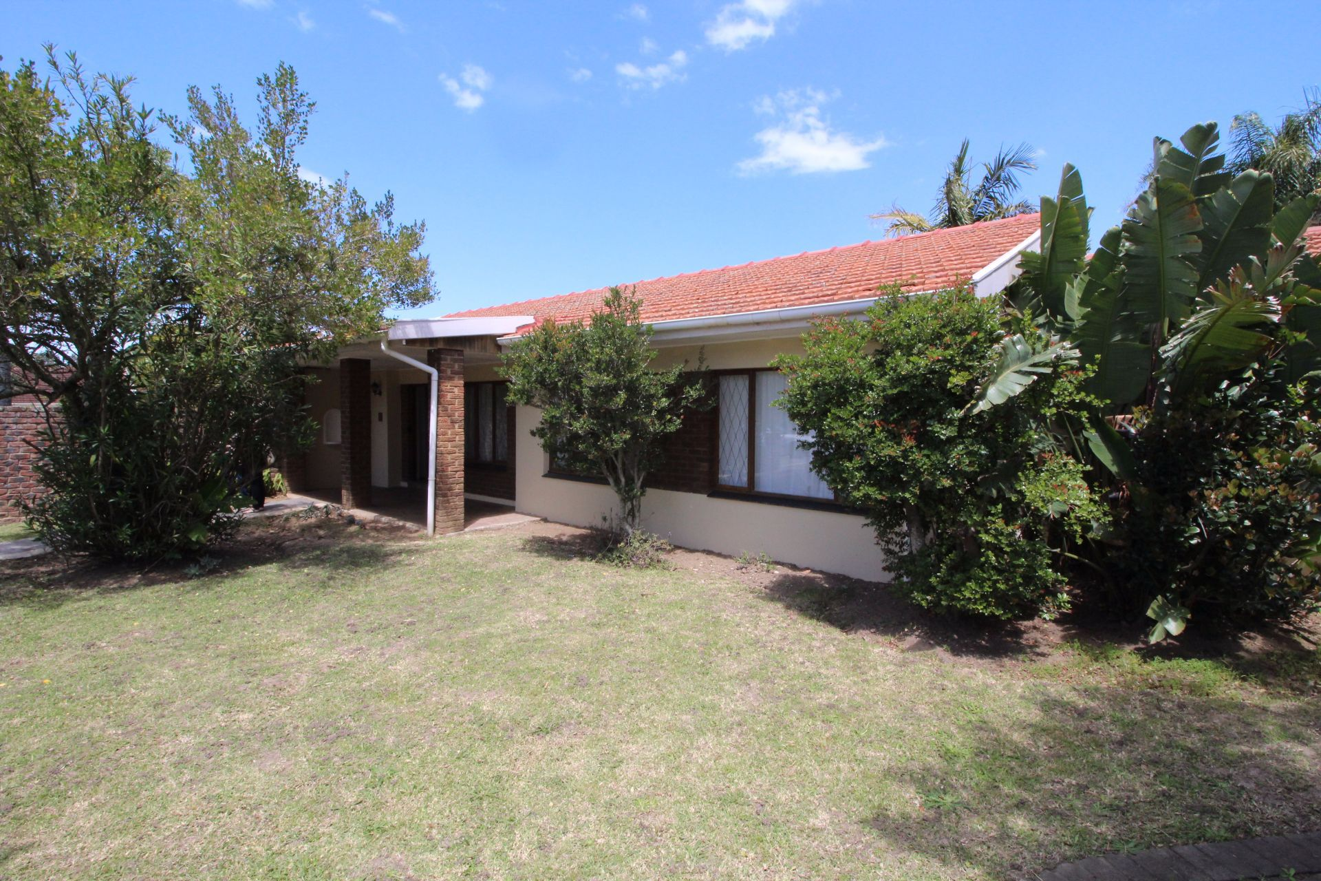 East London, Blue Bend Property  | Houses For Sale Blue Bend, BLUE BEND, House 4 bedrooms property for sale Price:2,000,000