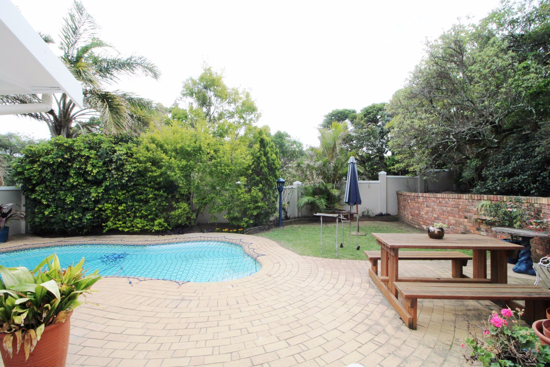 Beacon Bay property for sale. Ref No: 13548709. Picture no 6
