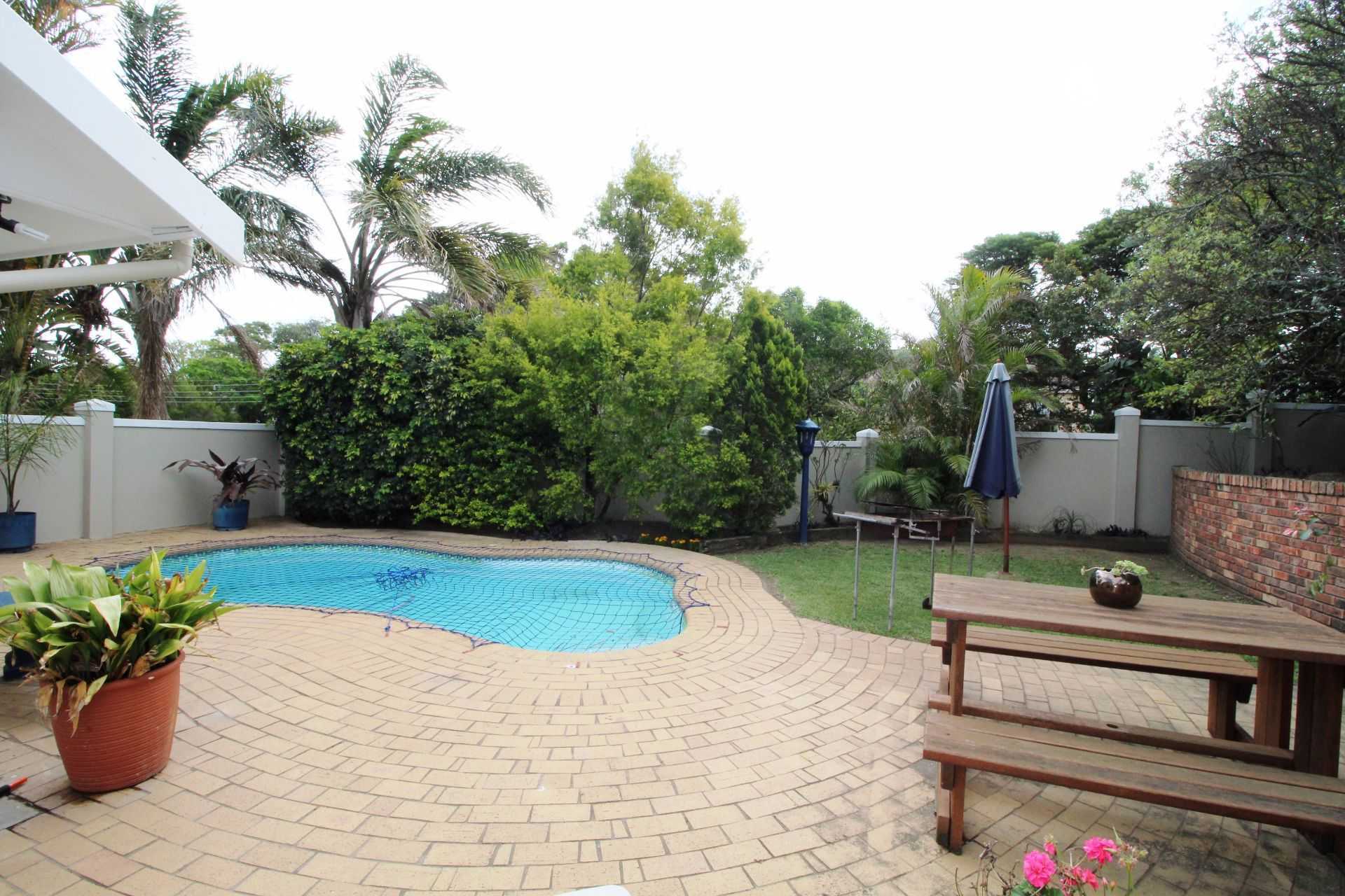 Beacon Bay property for sale. Ref No: 13548709. Picture no 2