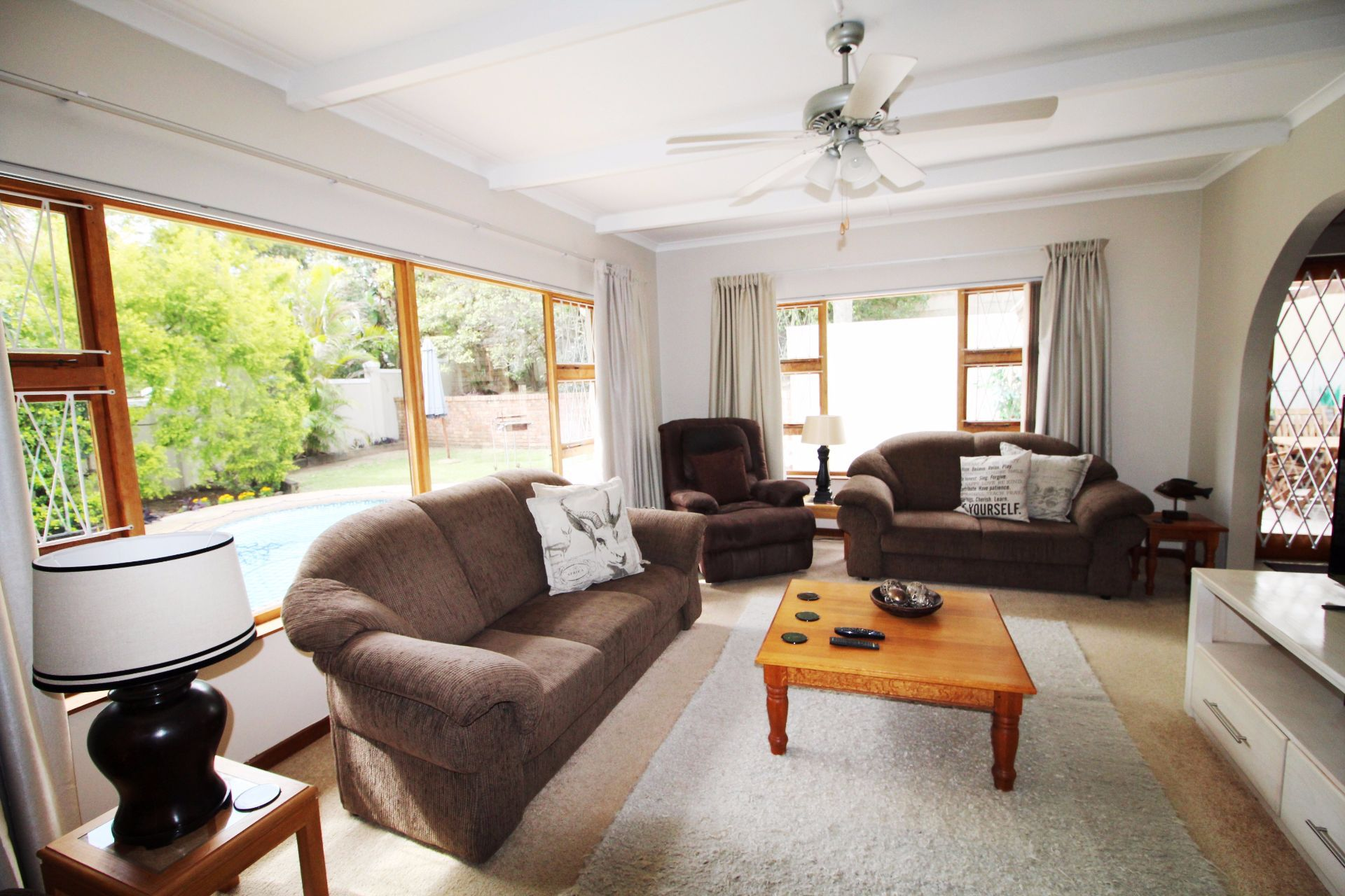 Beacon Bay property for sale. Ref No: 13548709. Picture no 9