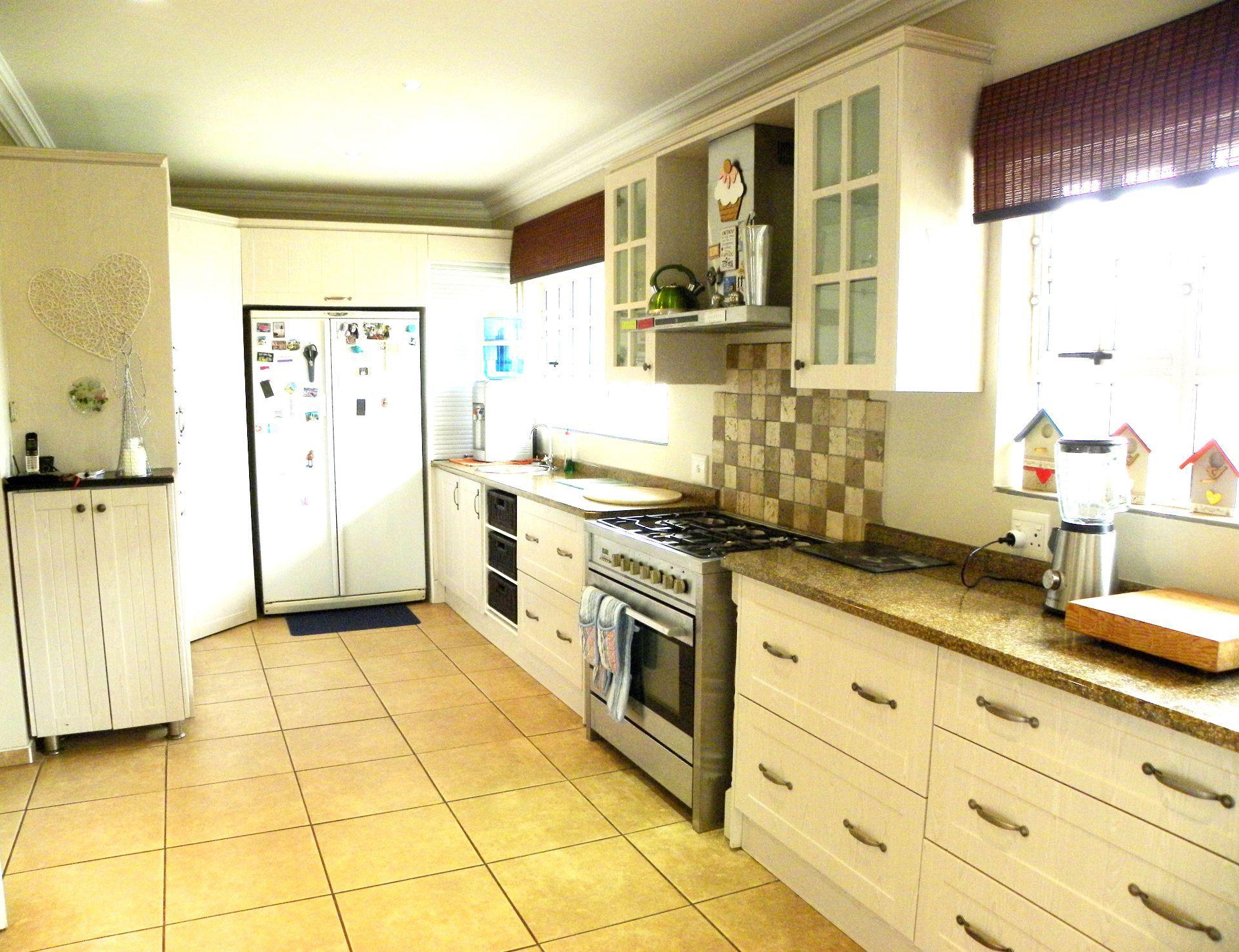 Bonnie Doone property for sale. Ref No: 13553551. Picture no 8