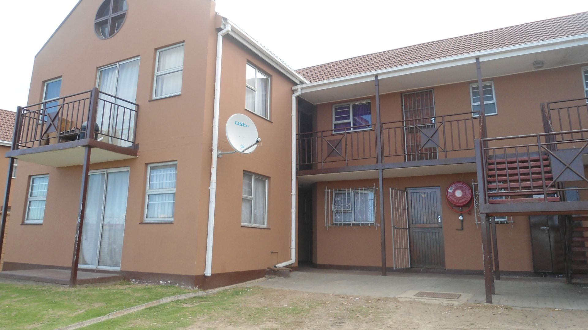 East London, Buffalo Flats Property  | Houses For Sale Buffalo Flats, BUFFALO FLATS, Apartment 2 bedrooms property for sale Price:350,000