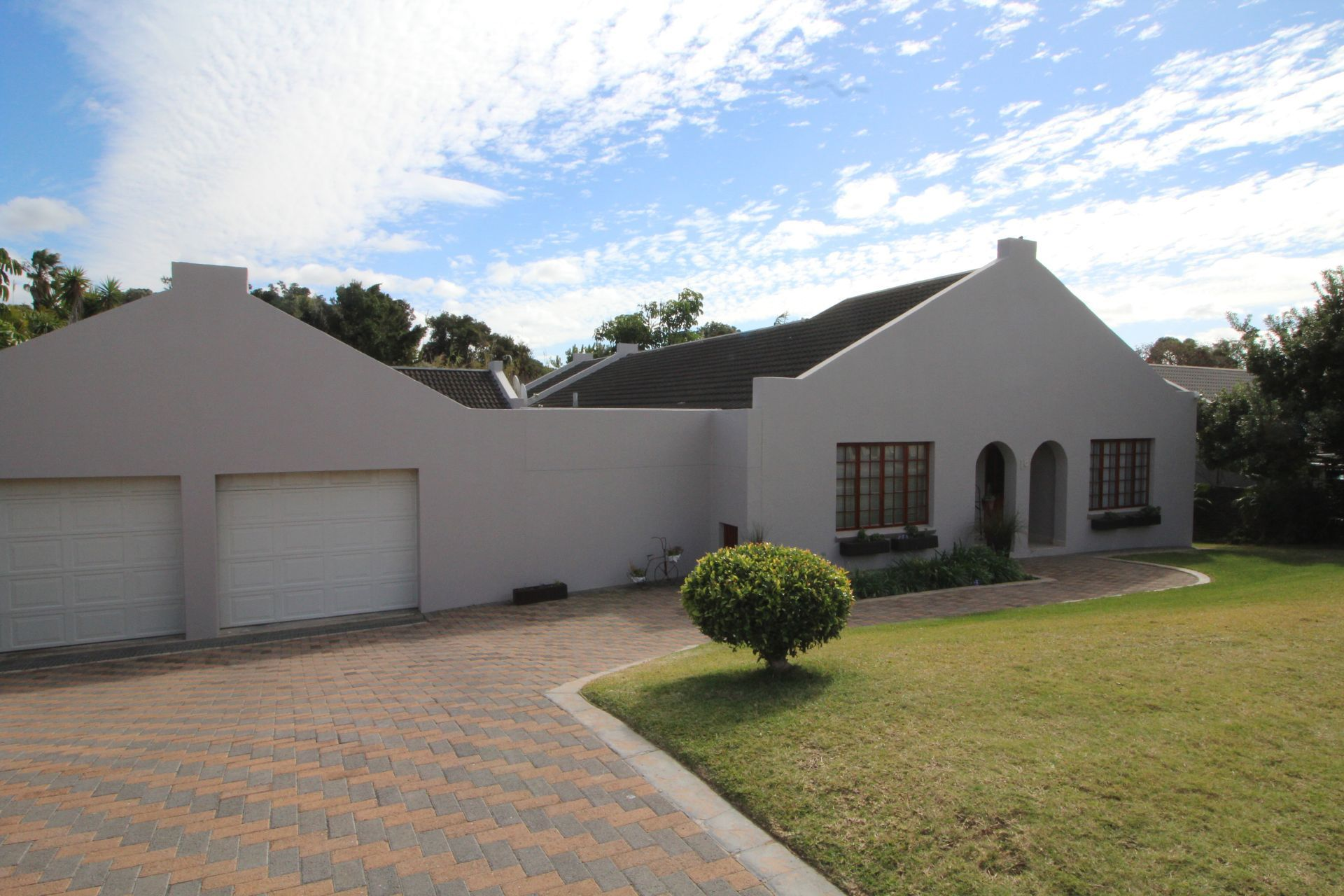 East London, Bonza Bay Property  | Houses For Sale Bonza Bay, BONZA BAY, House 4 bedrooms property for sale Price:3,200,000