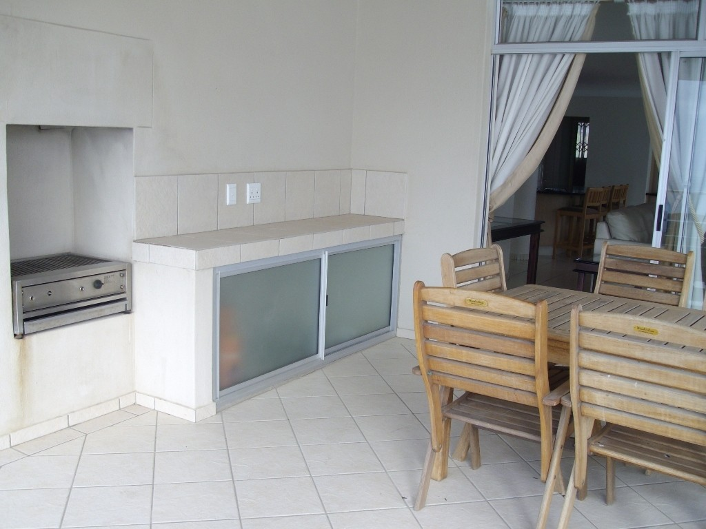 Margate property for sale. Ref No: 2701702. Picture no 12