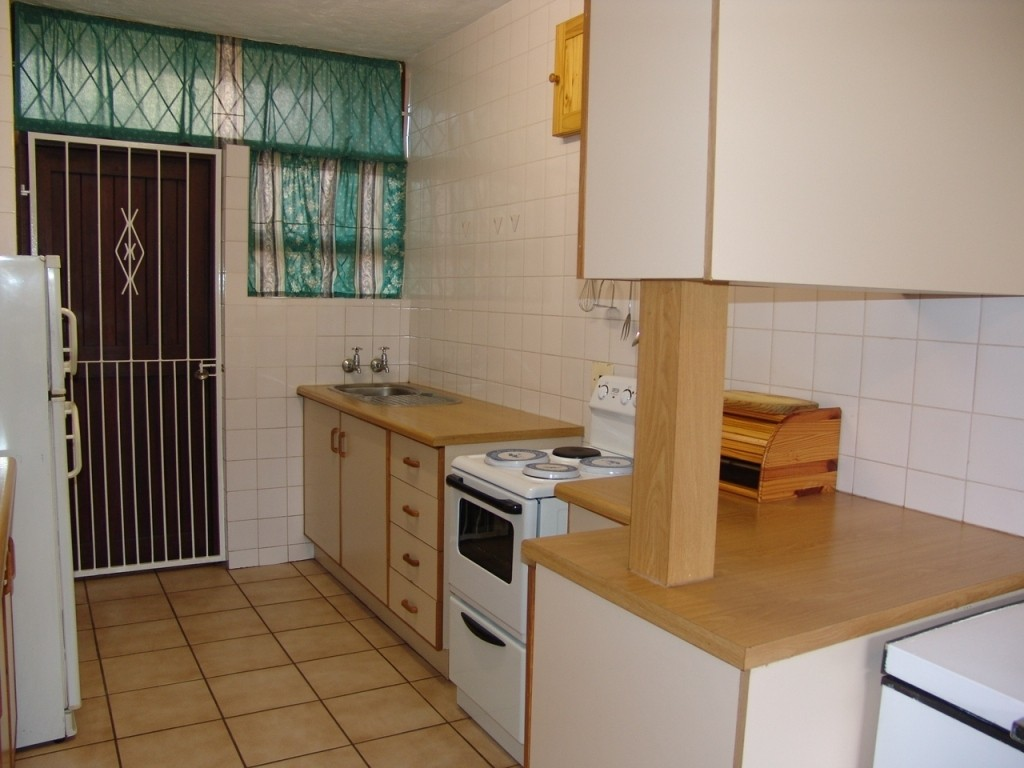 Margate property for sale. Ref No: 2952757. Picture no 3