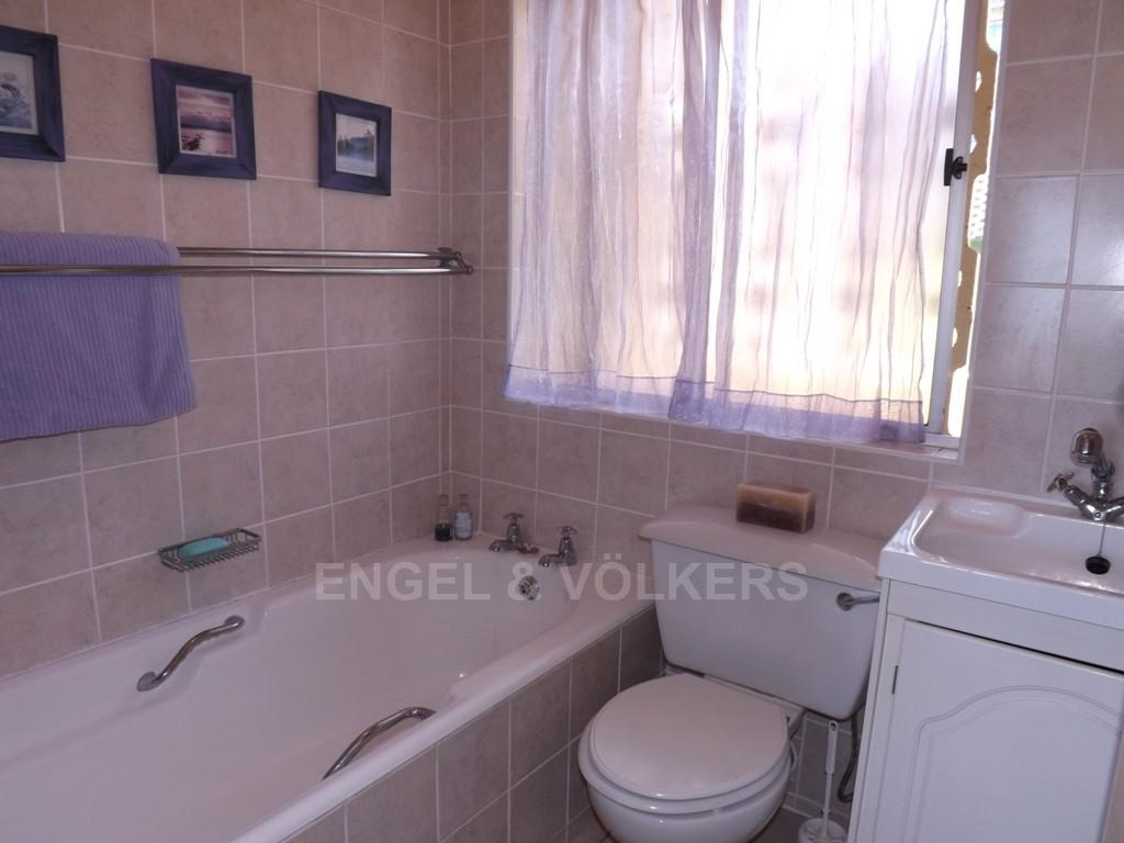 Margate property for sale. Ref No: 2702210. Picture no 7