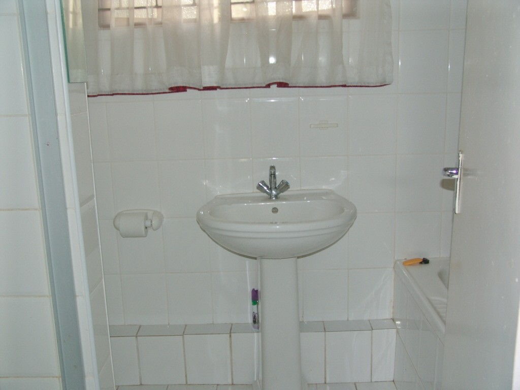 Margate property for sale. Ref No: 2952753. Picture no 9