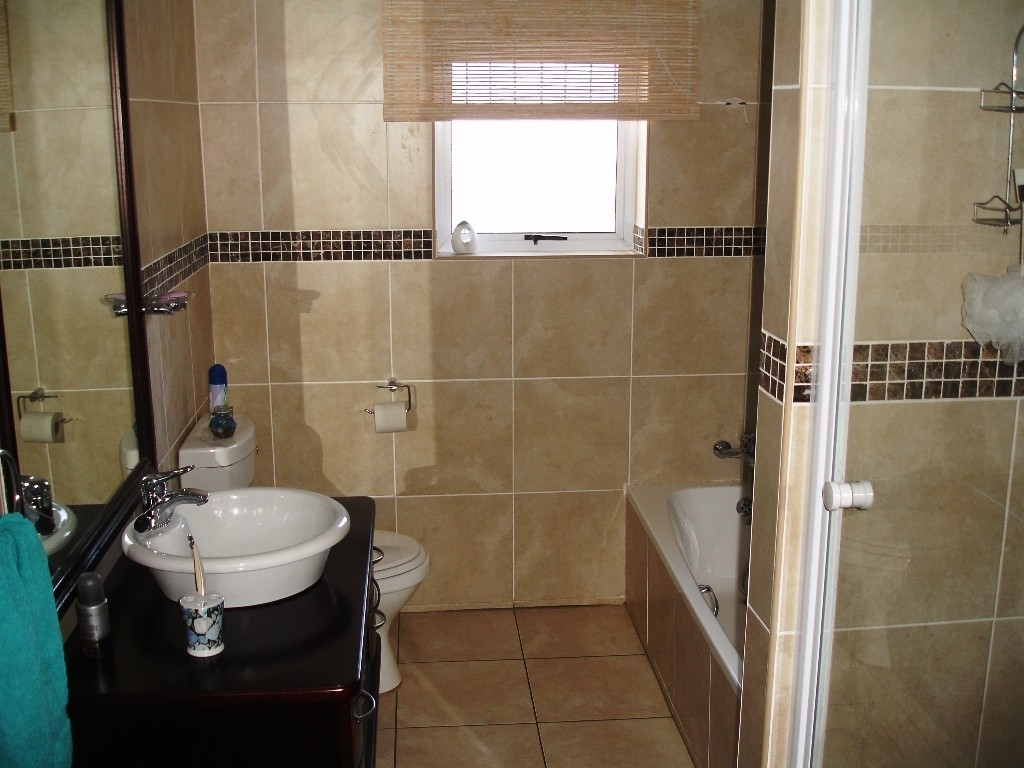 Ramsgate property for sale. Ref No: 2702203. Picture no 11