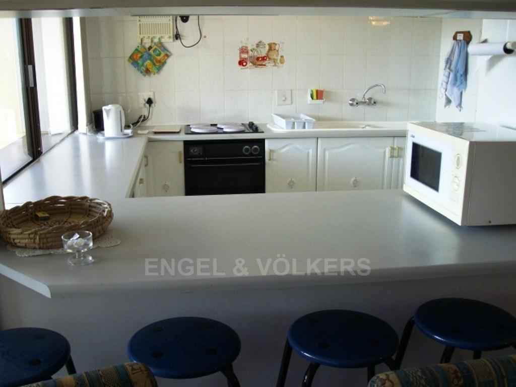 Margate property for sale. Ref No: 2702211. Picture no 2