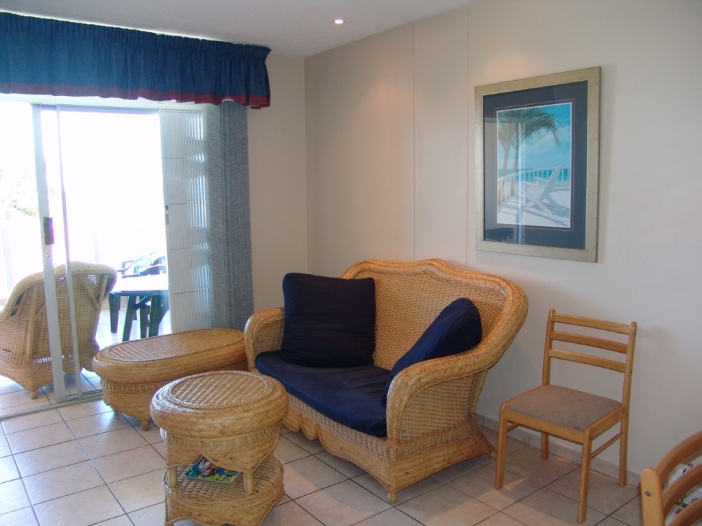 Margate property for sale. Ref No: 2701646. Picture no 4