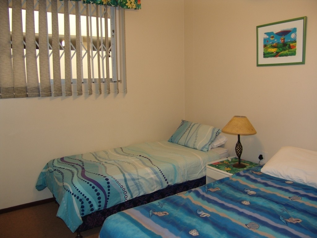 Margate property for sale. Ref No: 2701646. Picture no 8
