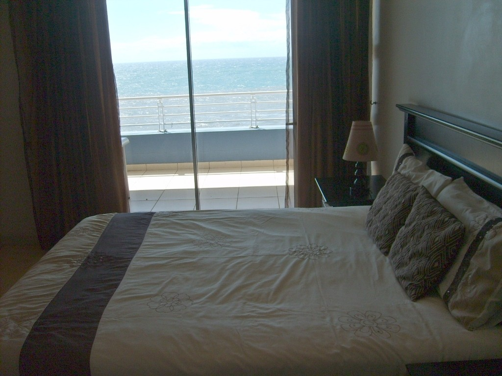 Margate property for sale. Ref No: 2703372. Picture no 10