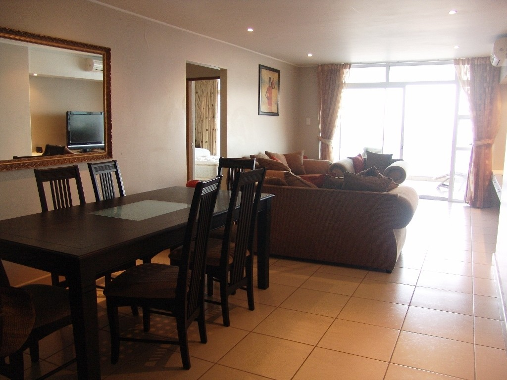 Margate property for sale. Ref No: 2703372. Picture no 5