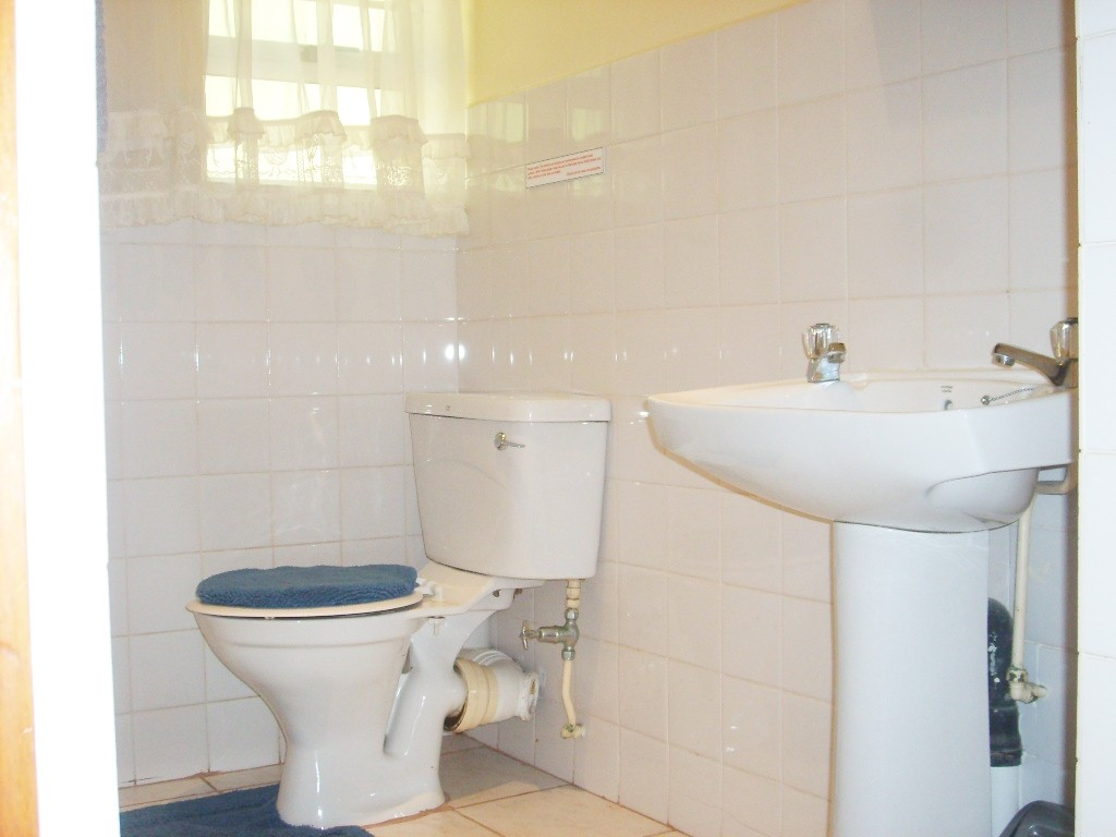 Margate property for sale. Ref No: 2701633. Picture no 8