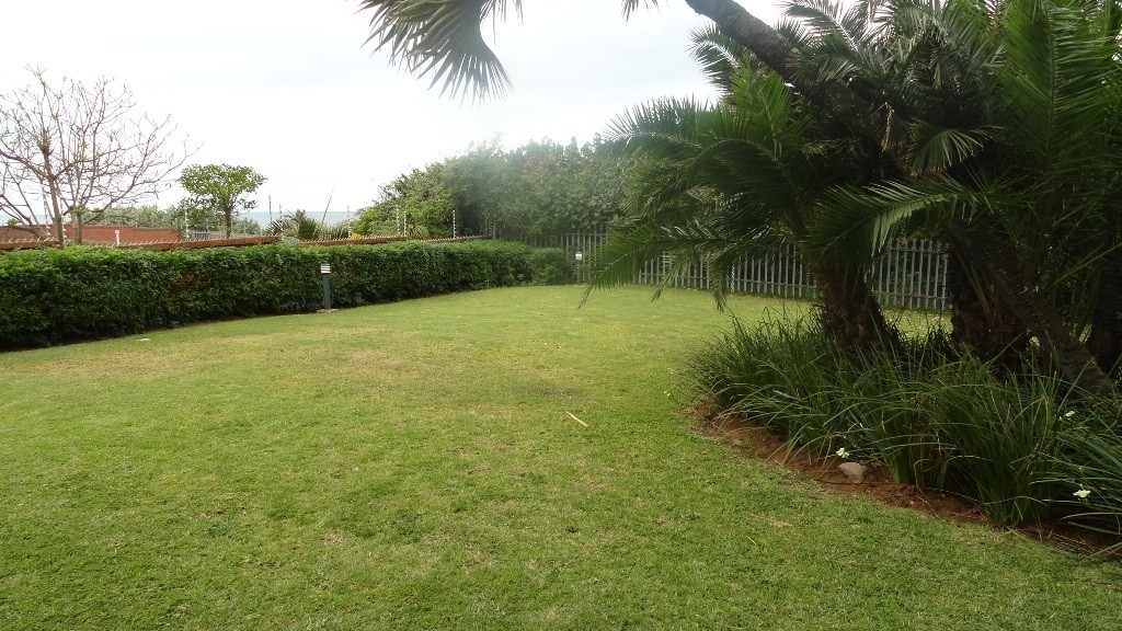 Shelly Beach property for sale. Ref No: 2704324. Picture no 11