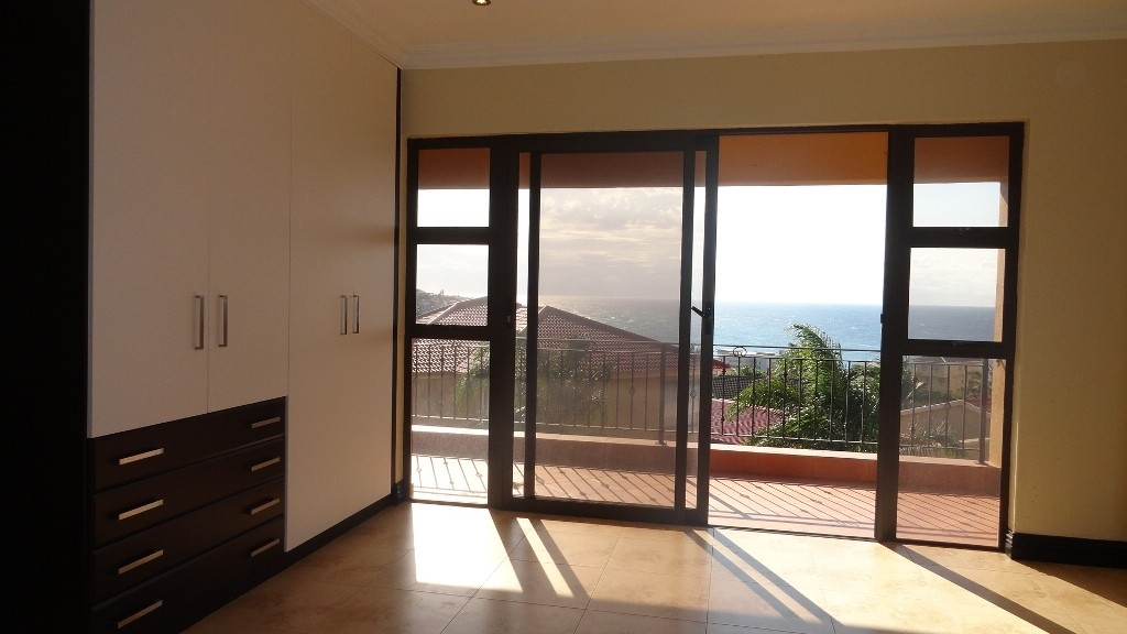 Margate property for sale. Ref No: 2978296. Picture no 16
