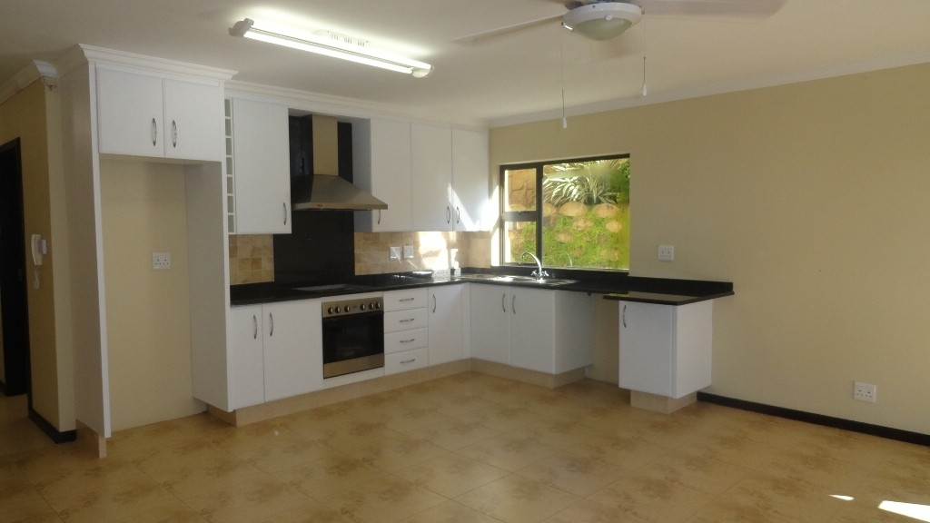 Margate property for sale. Ref No: 2978296. Picture no 23