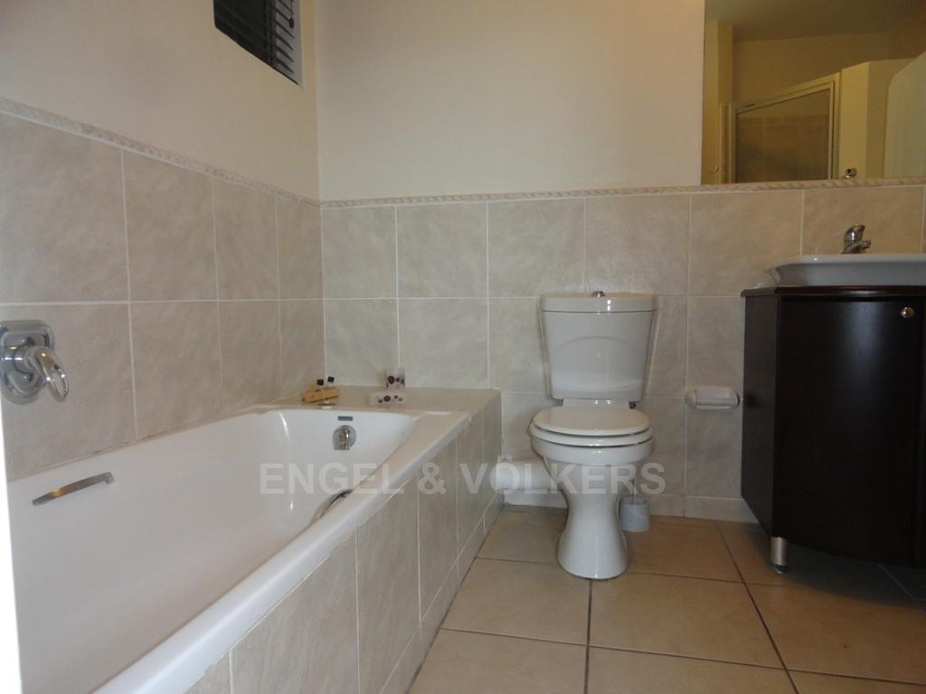 Margate property for sale. Ref No: 3067396. Picture no 9