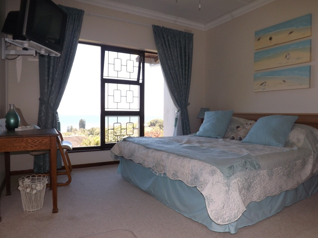Ramsgate property for sale. Ref No: 3147022. Picture no 12