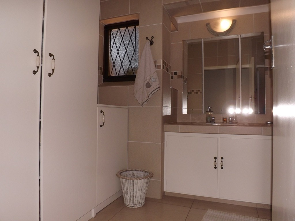 Ramsgate property for sale. Ref No: 3147022. Picture no 14