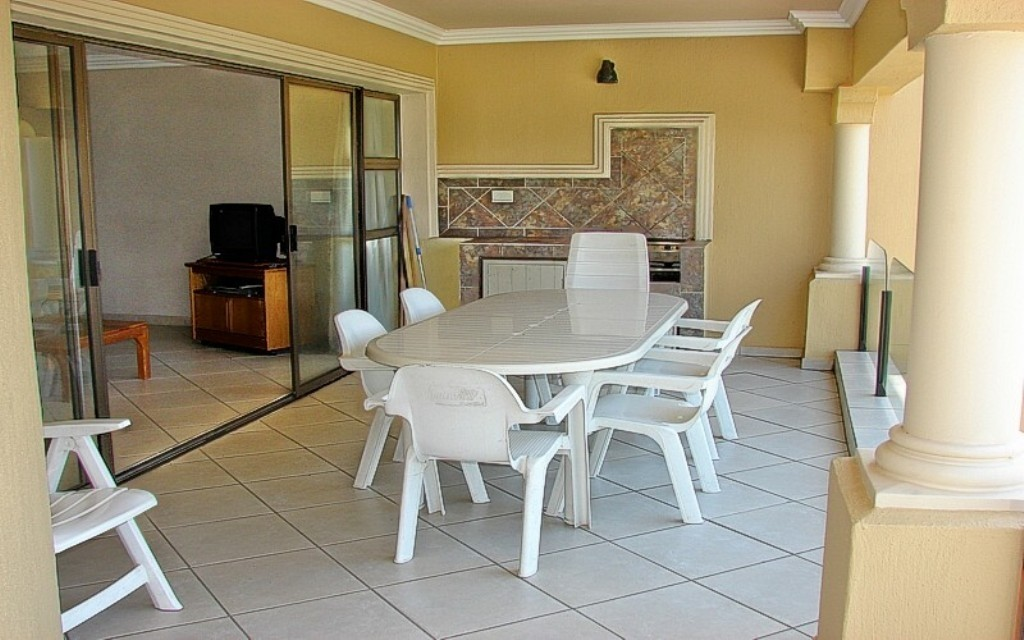 Shelly Beach property for sale. Ref No: 2700360. Picture no 21