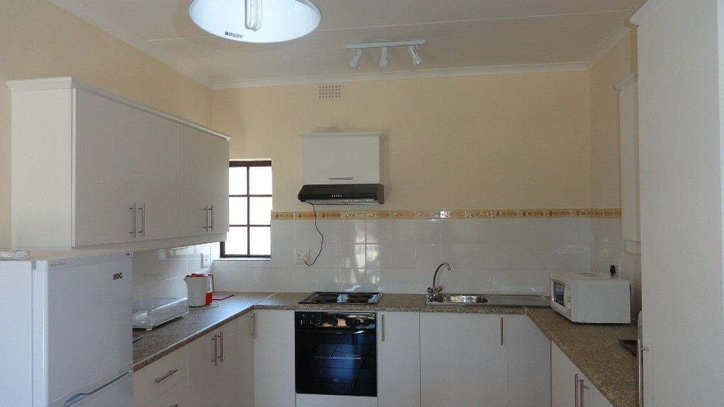 Margate property for sale. Ref No: 3051210. Picture no 2