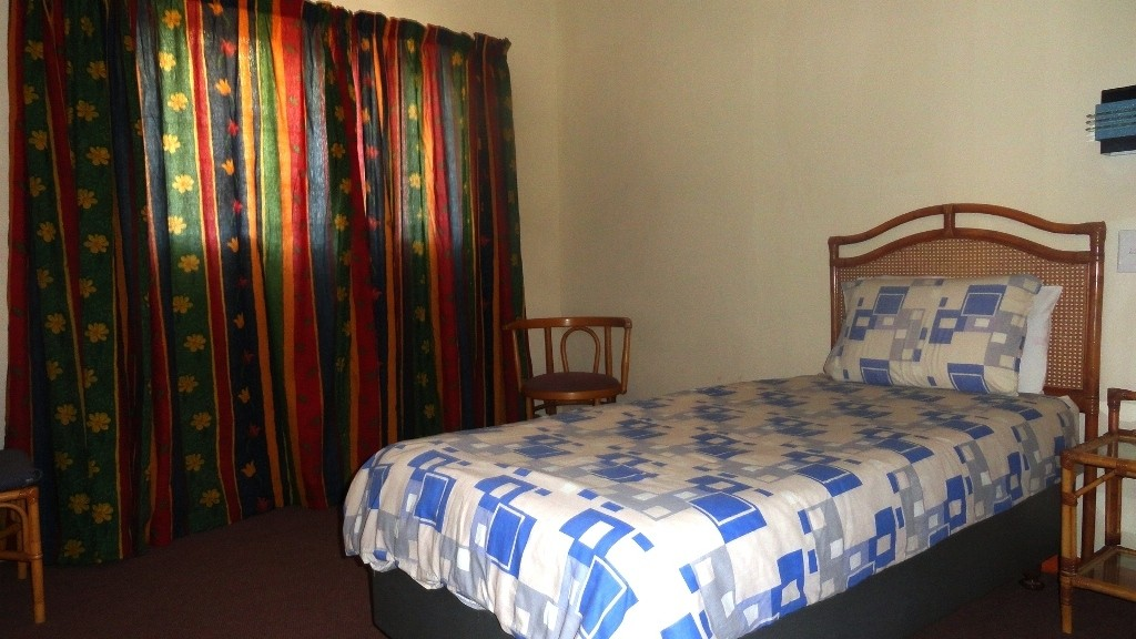 Margate property for sale. Ref No: 3051210. Picture no 7