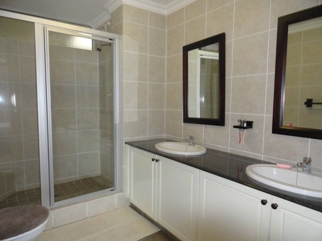 Margate property for sale. Ref No: 3071551. Picture no 8