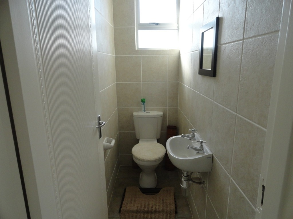 Margate property for sale. Ref No: 3071551. Picture no 13