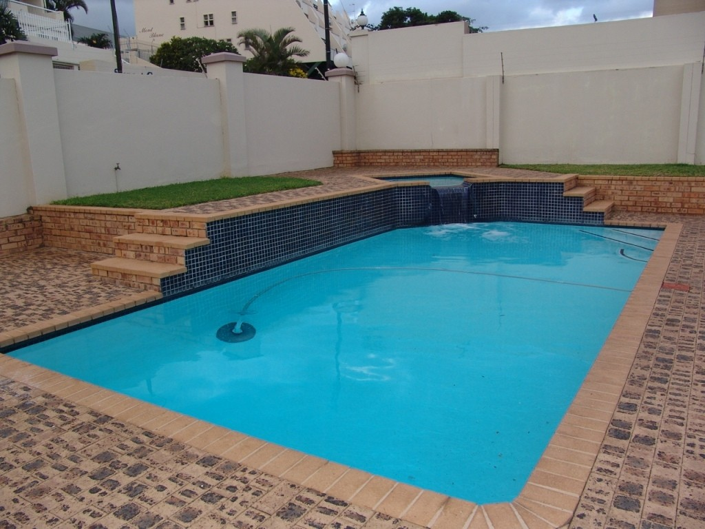 Margate property for sale. Ref No: 3071551. Picture no 25