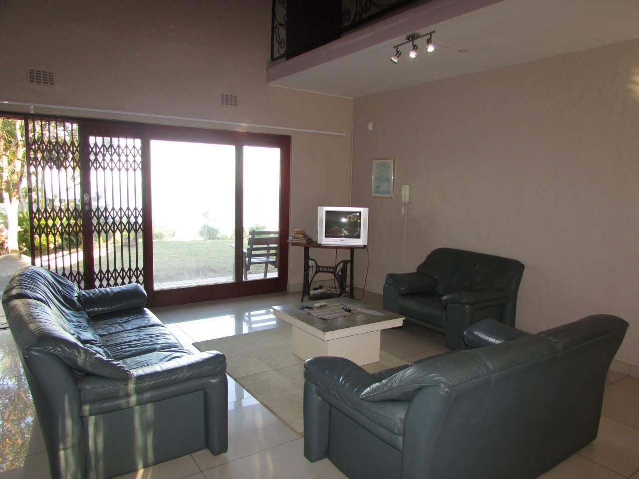 Ramsgate property for sale. Ref No: 3205720. Picture no 5