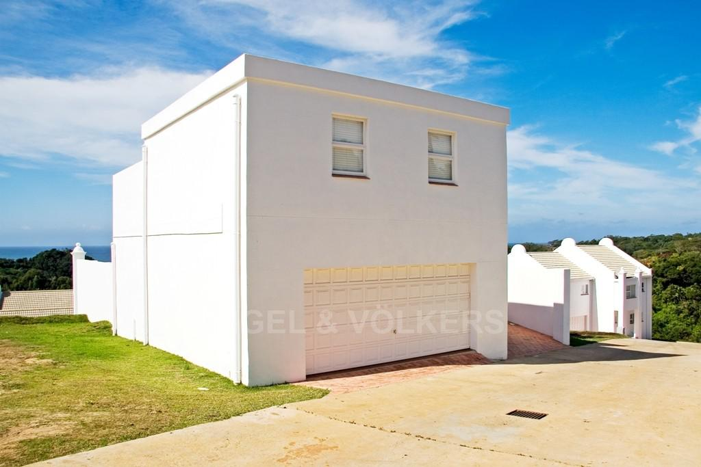 Property and Houses for sale in Port Edward, Duplex, 3 Bedrooms - ZAR 2,750,000