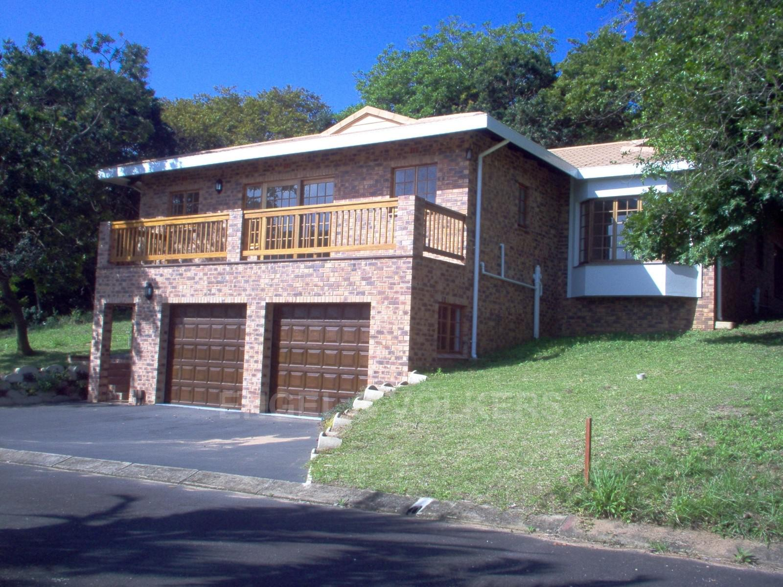 Property and Houses for sale in Glenmore, Duplex, 3 Bedrooms - ZAR 1,430,000