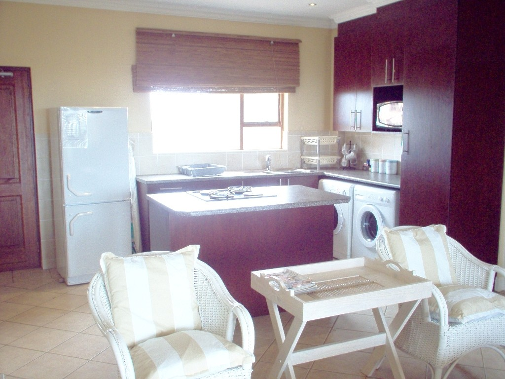 Port Edward property for sale. Ref No: 2698563. Picture no 3