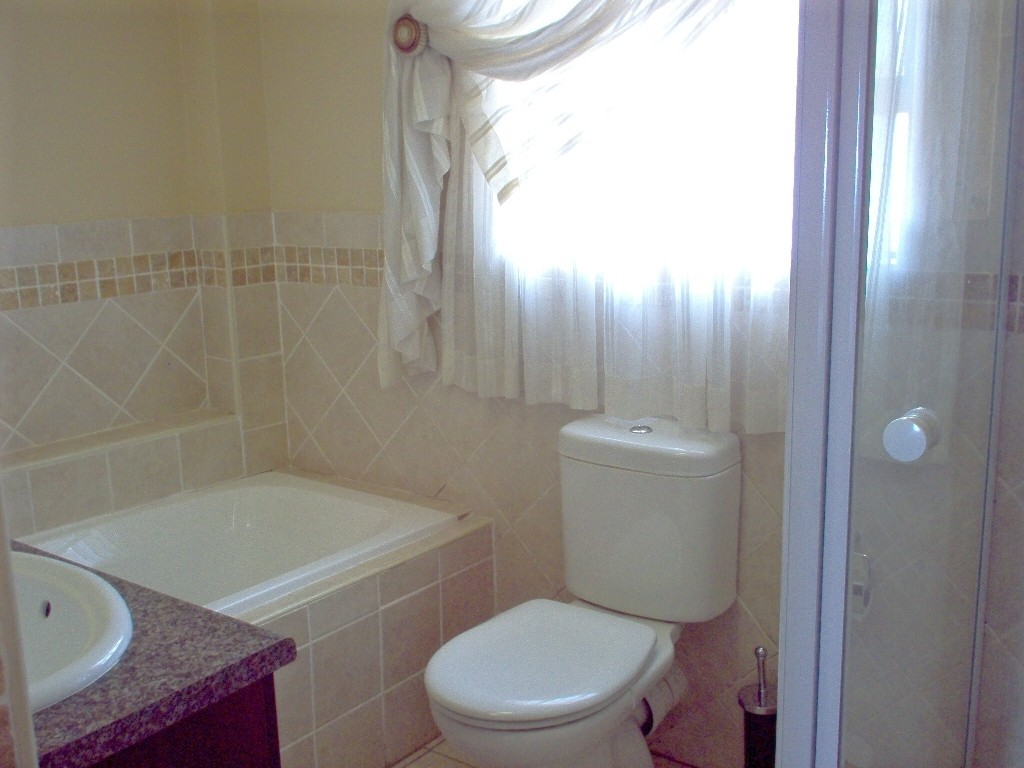 Port Edward property for sale. Ref No: 2698563. Picture no 7