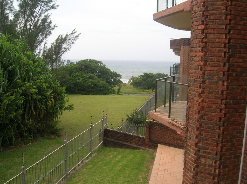 Uvongo property for sale. Ref No: 3071308. Picture no 14