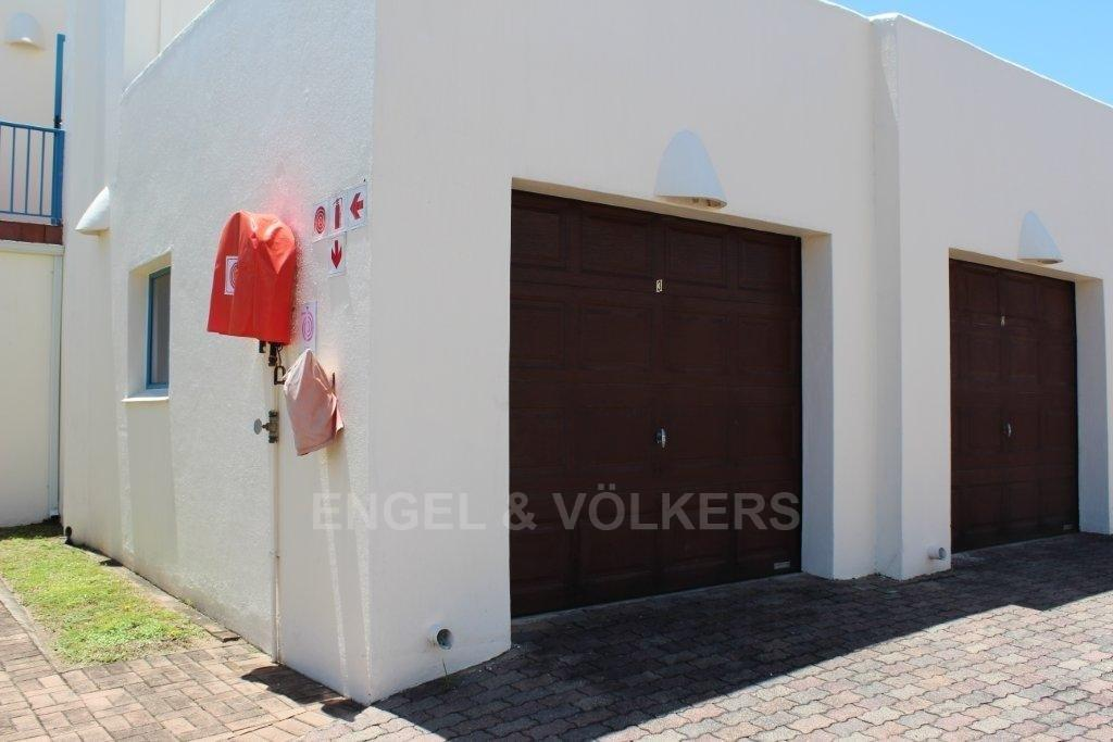 Uvongo property for sale. Ref No: 3193831. Picture no 11