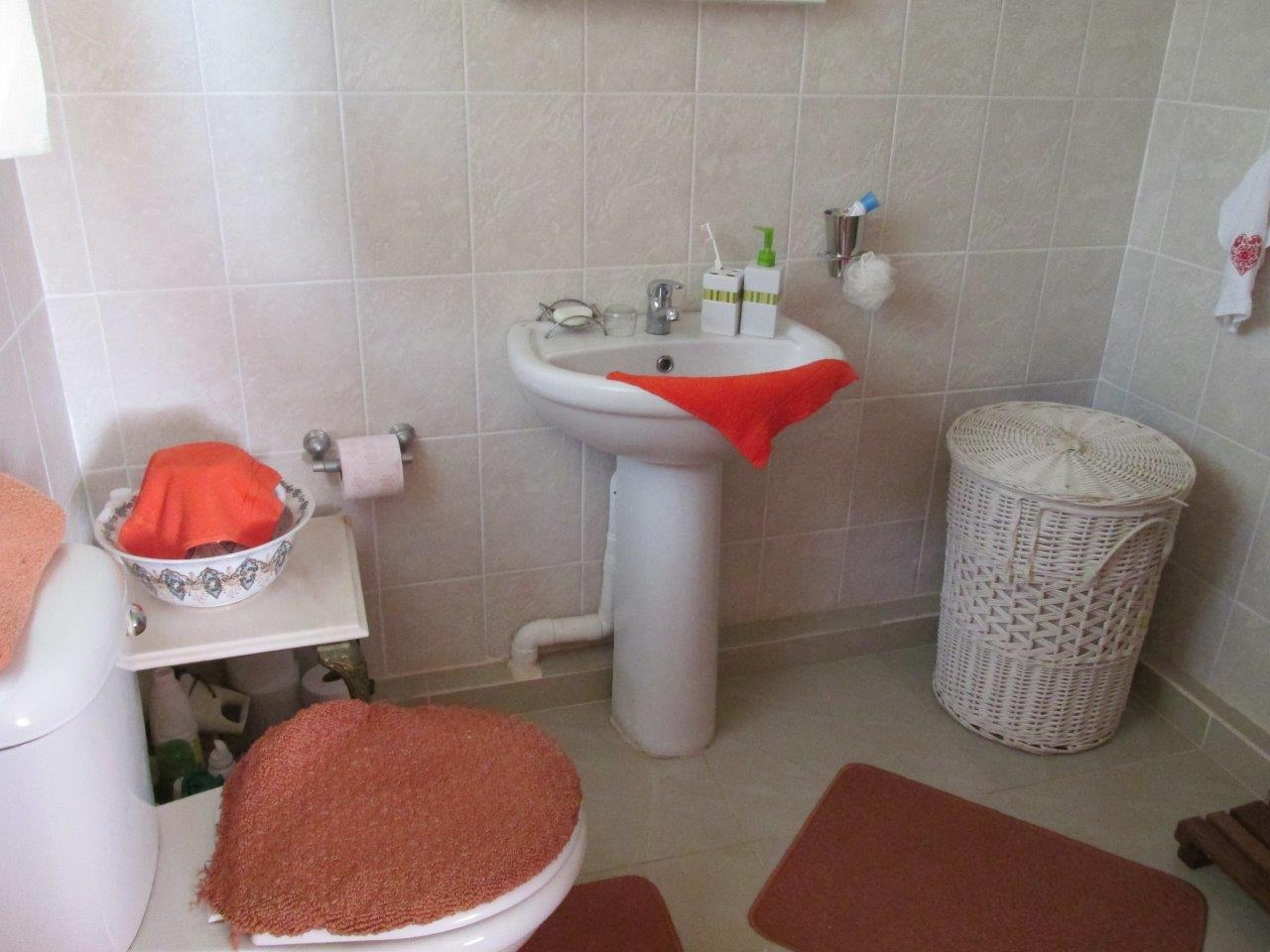 Ramsgate property for sale. Ref No: 3217652. Picture no 28