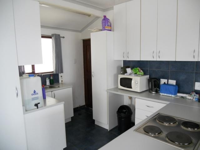 Margate property for sale. Ref No: 3117909. Picture no 3