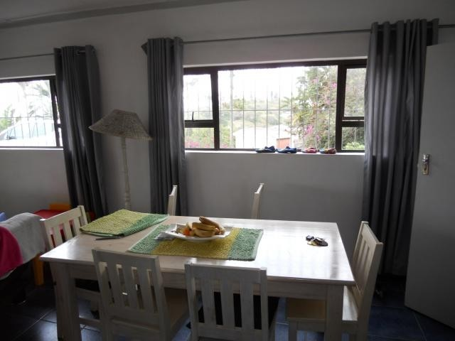 Margate property for sale. Ref No: 3117909. Picture no 5