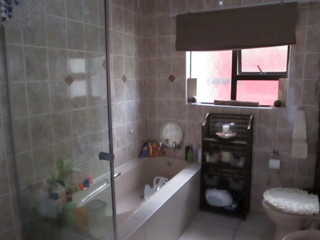 Ramsgate property for sale. Ref No: 3118623. Picture no 7