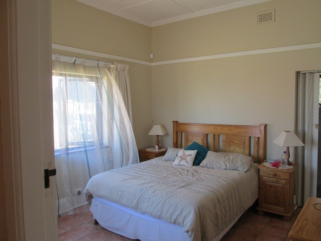 Uvongo property for sale. Ref No: 3160207. Picture no 6