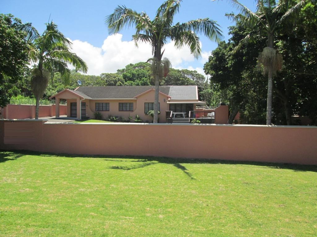 Uvongo property for sale. Ref No: 3160207. Picture no 19