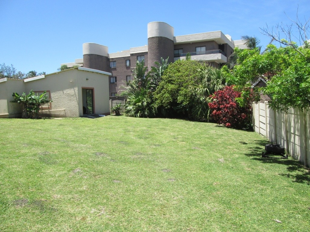Uvongo property for sale. Ref No: 3160207. Picture no 20