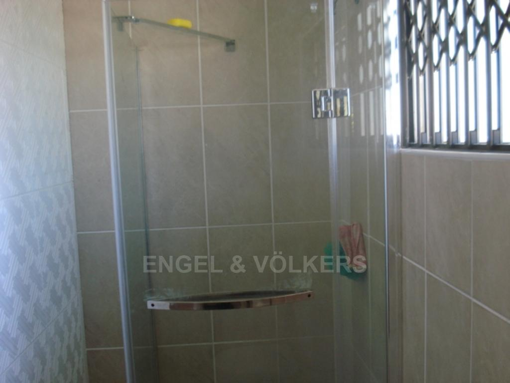 Uvongo property for sale. Ref No: 3216773. Picture no 5