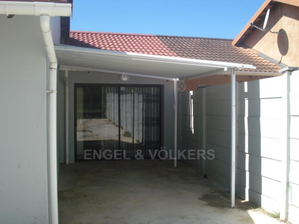 Uvongo property for sale. Ref No: 3216773. Picture no 9