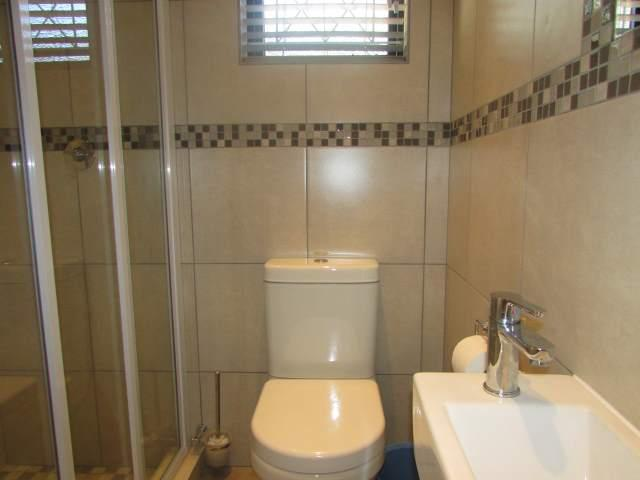 Ramsgate property for sale. Ref No: 12786601. Picture no 9