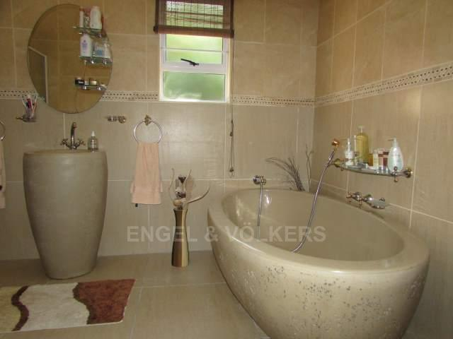 Ramsgate property for sale. Ref No: 12787027. Picture no 10