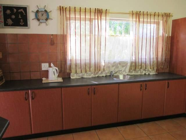 Marina Beach property for sale. Ref No: 12795038. Picture no 7